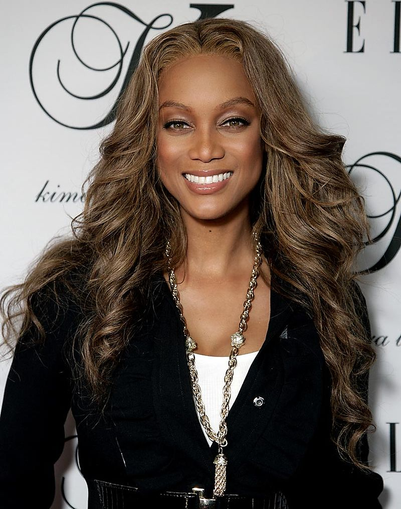 Celebrity Hair Style With Image Tyra Banks Real Hair Gallery Picture 3